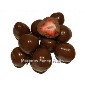 Erdbeeren gefriergetrocknet in zarter Vollmilchschokolade