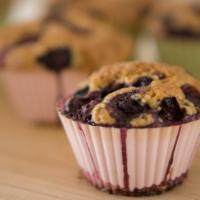 Blaubeer Muffins mit Macadamiakerne. Ein Genuss.